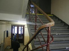Stará budova soudu chátrá