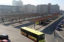 Autobusové ani vlakové nádraží zatím vizitkou krajského města rozhodně nejsou.