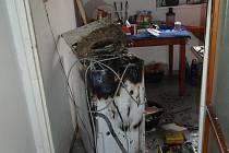Požár pračky na sídlišti v Malenovicích.
