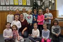 První třída Základní školy Jasenná s třídní učitelkou Mgr. Janou Kohoutovou.