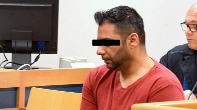 Antonín S. obžalovaný z vraždy mladé ženy v Bezměrově u krajského soudu ve Zlíně