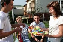 Velikonoční pomlázka v Doubravách