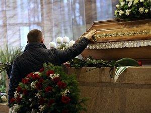 Pohřeb Jiřího Devátého v krematoriu na Lesním hřbitově ve Zlíně