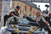Vítězná posádka 8. Rally Jeseníky Jaromír Tomaštík - Róbert Baran