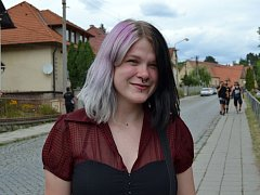Mladá rockerka Nina Michalcová