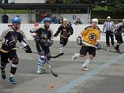 V Malenovické hokejbalové lize po devíti letech slaví titul Boston Zlín