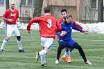 Fotbalisté Otrokovic v sobotu dopoledne vyřídili divizní Přerov 8:1. Čtyřikrát se do sítě soupeře trefil Jan Hladík.