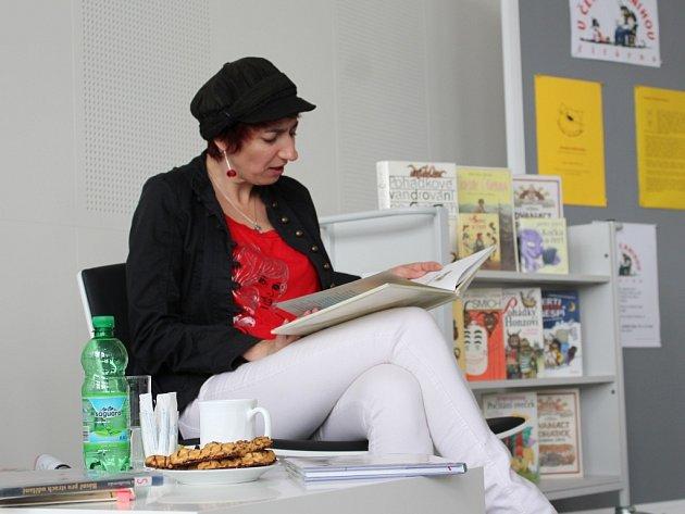 Simona Babčáková četla ve Zlíně dětem