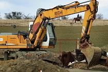 Skládka odpadu nad Luhačovicemi se mění k nepoznání, po dokončení rekultivace by se měla proměnit ve vycházkové území.