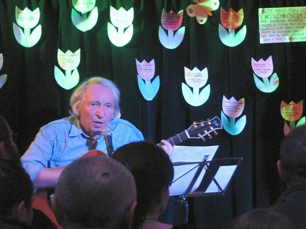Miky Ryvola zahrál v Zelenáčově šopě.