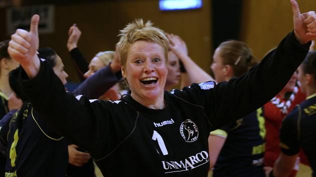 Házenkářka Lenka Černá nyní trénuje mládež ve Zlíně.