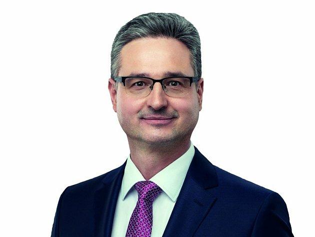 Ondřej Benešík (KDU-ČSL) 45let, Strání, je poslancem PČR