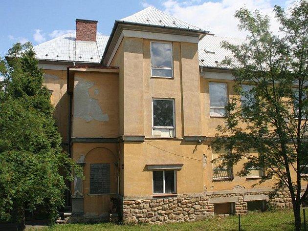 Bývalá škola v Brumově-Bylnici