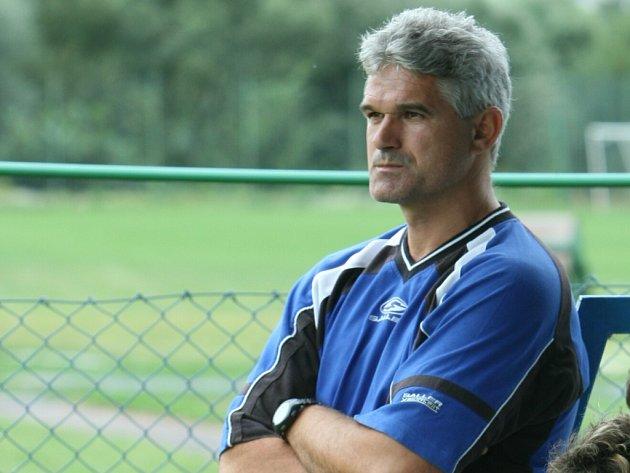 Trenér mladších dorostenců Tescomy Milan Hanko.