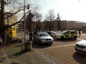 Policie zasahuje na zlínském náměstí