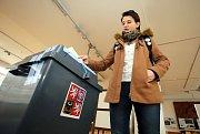 Druhé kolo prezidentských voleb 2018 ve Zlíně. volební okrsek č.1 Kolektivní dům. Barbora Gřešková