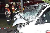 Šofér dodávky řídil opilý a asi projel na červenou. Zraněno bylo pět lidí