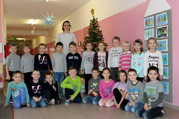 Třída 1.B Základní školy Slavičín-Vlára střídní učitelkou Mgr.  Věrou Dorúškovou.