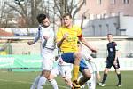 Prvoligoví fotbalisté Fastavu Zlín (ve žlutém) v rámci 22. kola v sobotu doma hostili předposlední Sigmu Olomouc.