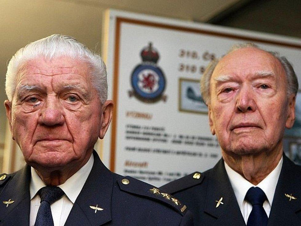 Pamětníci Emil Boček (vlevo) a Alois Dubec