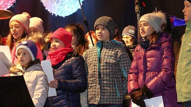 Akce Česko zpívá koledy. Ilustrační foto