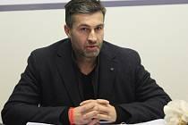 Roman Hamrlík, bratr trenéra zlínských hokejistů Martina.