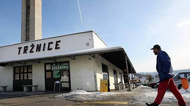 Jednou z největších bolestí čtyřapůltisícových Vizovic je nevzhledná budova bývalé tržnice v centru města.