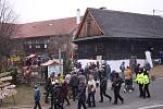 Ve Valašských Kloboukách  řádili čerti. Konal se zde 27. ročník Valašského jarmeku.