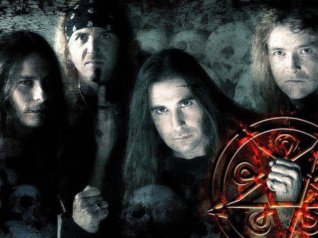 Americká melodic-metalová formace Circle II Circle.