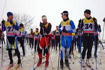 Závod v klasickém lyžování Hradní běžka. Ilustrační foto