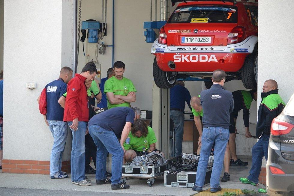 Technická přejímka před Barum Rally + příprava na Star rally historic.