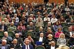 Návštěva vlády České republiky ve Zlínském kraji. Setkání s občany v aule UTB.