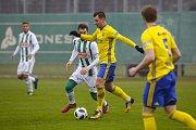 Fotbalisté Zlína (ve žlutých dresech) na úvod zimní přípravy remizovali na hřišti slavného Rapidu Vídeň 1:1