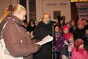 Akce Česko zpívalo koledy na náměstí ve Zlíně.