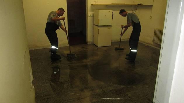 Hasiči odstraňovali následky vydatného deště na území celého Zlínského kraje