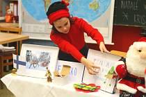 Nadané děti předvedly, jak se slaví Vánoce v jiných zemích.