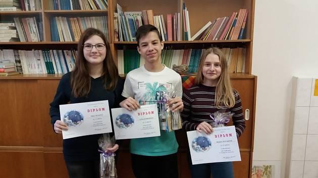 Deváťáci před svátky absolvovali olympiádu v českém jazyce