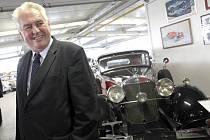 Prezident Miloš Zeman navštívil společnost Samohýl auto a. s. ve Zlíně.