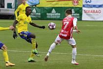 Fotbalisté Zlína se ve 13. kole FORTUNA:LIGY utkali s nováčkem z Pardubic.  Zápas se hrál ve vršovickém Ďolíčku.