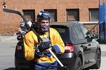 Hokejisté Zlína v pondělí poprvé vyjeli na led a začali přípravu na další extraligovou sezonu.  Na snímku Antonín Honejsek.