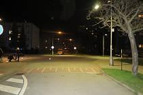 Dopravní policisté ze Zlína žádají o pomoc případné svědky nehody mezi chodcem a cyklistou, k níž došlo v pondělí 5. dubna deset minut po devatenácté hodině ve Zlíně – Malenovicích před křižovatkou ulic Mlýnská a třída Svobody.