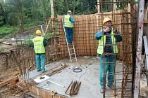 Stavba expozice Etiopie II. v ZOO Lešná