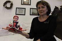 Eva Džoganiková z Kelníků před řadou let v obci pomohla založit tamní Folklorní kroužek Fěrtůšek.