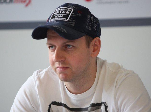 Hokejový obránce Miroslav Blaťák oznamuje konec své úspěšné kariéry.