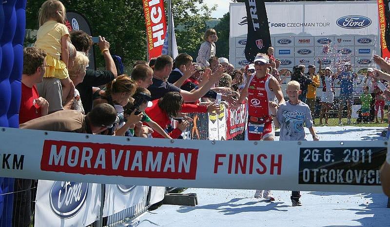 Triatlonový závod Moraviaman 2011 v Otrokovicích