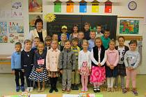 Žáci 1.B  ZŠ Fryšták s paní učitelkou Irenou Dlabajovou