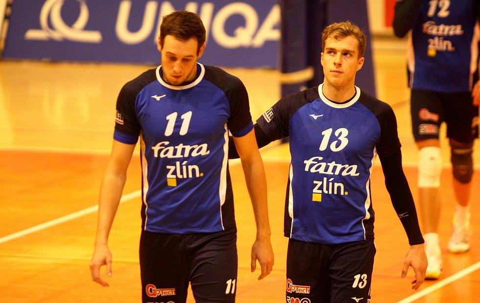 Vojtěch Navláčil (s číslem 11) během extraligového zápasu.