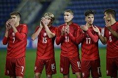 Česká fotbalová devatenáctka na úvod kvalifikačního turnaje o postup na mistrovství Evropy zdolala Lucembursko 2:1