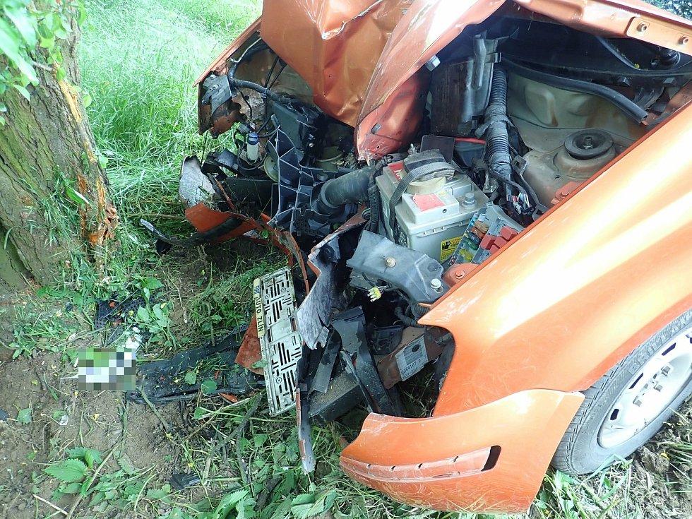 Autonehoda mezi Kvasicemi a Bělovem, 29. května 2021.