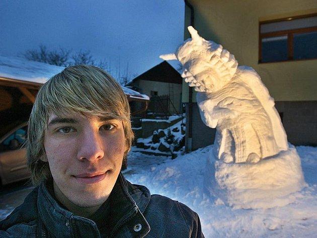 Sněhová socha Radegasta v Držkové.
